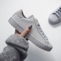 Adidas Women Shoes - Shoes: sneakers grey grey sneakers minimalist minimalist grey sweater nail polish leather sneakers - We reveal the news in sneakers for spring summer 2017 Grey Sneakers, Leather Sneakers, Adidas Sneakers, Shoes Sneakers, Gray Shoes, Grey Trainers, Roshe Shoes, All White Shoes, Sneakers Workout