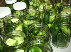 Recipe for Sweet Horseradish Pickles, from our forum. Doctored pickles with horseradish. Mustard Pickles, Sweet Pickles, Horseradish Pickles, Horseradish Recipes, How To Make Pickles, Canning Pickles, Burger Toppings, Homemade Pickles, Pickles Recipe