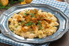 Praženica s kuriatkami Fried Rice, Risotto, Eat, Ethnic Recipes, Food, Fresh, Food Portions, Food Food, Essen