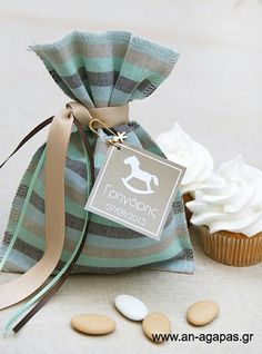 Christening bomboniere Baby Boy Christening, Boy Baptism, Lavender Bags, Lavender Sachets, Creative Gift Wrapping, Creative Gifts, Goodie Bags, Gift Bags, Confetti Bags
