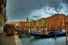 The First Drops, Venice,  by Béla Török, via 500px