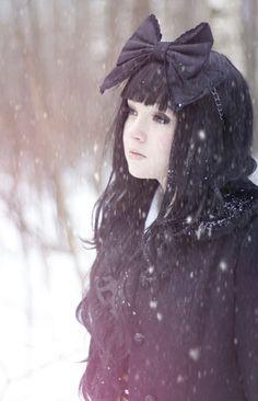 Winter Lolita 6 by Svetlanishe.deviantart.com    Podría ser Shu Lien