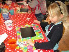 kinderfeestje krijtborden maken Girl Birthday, Birthday Parties, Crafts For Kids To Make, Party Treats, 4 Kids, Party Time, Creations, Diy Crafts, Homemade