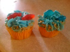 Under the sea! Vanilla cup cake with marshmallow whipped frosting and graham cracker crumbs