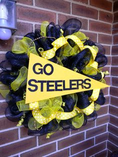 Pittsburgh Steelers Deco Mesh Spirit Wreath  Go by TheMeshyMama, $50.00