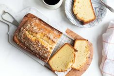 A rich, vanilla-scented cake, dark golden brown on the outside with an ultra-fine, golden crumb. Gluten Free Pound Cake, Gluten Free Cakes, Gluten Free Baking, Gluten Free Desserts, Gluten Free Recipes, Paleo Recipes, Delicious Recipes, Baking Recipes, Vanilla Pound Cake Recipe