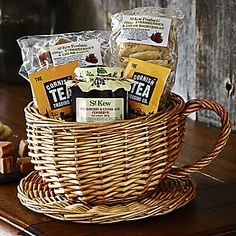 St Kew Teacup Hamper