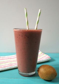 Strawberry Kiwi Nutritional Shake -A healthy, good for you nutritional frozen drink made with Berry Protein powder, strawberries and kiwi.