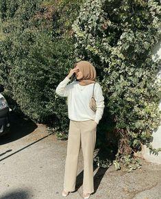 Modest Fashion Hijab, Modern Hijab Fashion, Modesty Fashion, Casual Hijab Outfit, Hijab Fashion Inspiration, Fashion Outfits, Muslim Women Fashion, Korean Girl Fashion, Hijab Fashionista