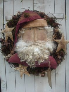 Olde Santa Wreath - Pattern Designed by Sandy Schmidt