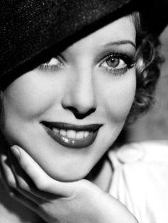 • loretta young what a beautiful woman!
