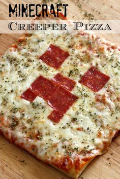 Learn to make this simple Minecraft Creeper pizza for your Minecraft party! See more party ideas at CatchMyParty.com.