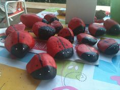 Painted pebbles craft