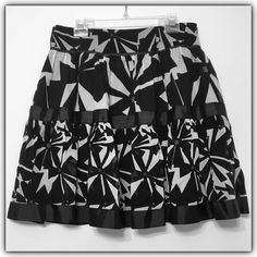 New!! Zara Basic silk blend lined skirt, sz. L Gorgeous silk blend skirt. 70% cotton, 30% silk. Fully lined (100% polyester).  Bundle discounts available! Sorry no trades  Zara Skirts A-Line or Full