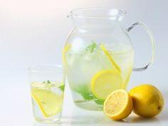 1日1個のレモンを白湯で飲む!