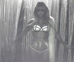 Beyonce - On The Run