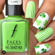 What are you doing for St. Patrick's Day? Beautiful mani is by @lifeisnails  - Clover Nail Decals snailvinyls.com