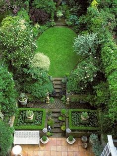 Urban gardens classic English garden, beautifully verdant and balanced.