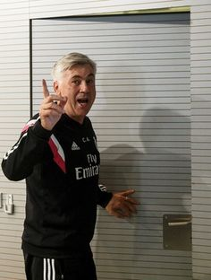 Carlo Ancelotti coletiva Real Madrid (Foto: Reuters)