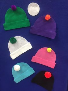 Winter Hat Hide and Seek Snowball/hat color recognition hiding game.You can find Flannel friday and more on our website.Winter Hat Hide and Seek Snowba. Flannel Board Stories, Felt Board Stories, Felt Stories, Flannel Boards, Toddler Fun, Toddler Crafts, Winter Theme, Winter Hats, Felt Crafts Kids