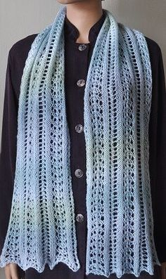 Mini Mochi Easy Lace Scarf - free knit lace scarf pattern