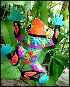 "Frog Garden Decor, Yard Art, Plant Stick, Painted Metal Plant Marker, Garden Art - 10"" x 13"" See more handcrafted metal art wall decor - Visit us at www.TropicAccents.com,  www.TropicDecor.com or  www.TropicArtDecor.com  #toiletpaperholder #pooldecor #gardendecor  #paintedmetal  #metalwallart  #beachhouseart  #yardart  #coastaldecor #beachdecor  #Islanddecor #gardendecor  #tropicaldecor  #pooldecor #tropicaldecor  #homedecor #gardenart"