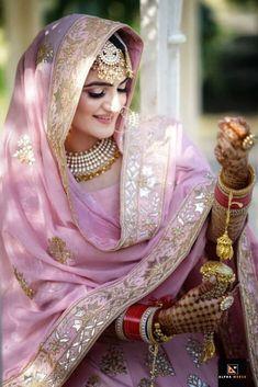 Baby Pink Punjabi Wedding Suit with pink gold lehenga dupatta. Bridal Suits Punjabi, Punjabi Bride, Pakistani Bridal Dresses, Modest Wedding Dresses, Indian Dresses, Sikh Wedding Dress, Indian Clothes, Wedding Gowns, Indian Bridal Outfits