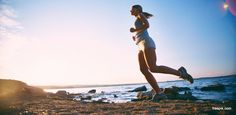 Niektórzy biegacze mają problem z bólem kolan po joggingu, dlatego warto wzmocnić stawy, aby uniknąć przykrych dolegliwości po treningu. Dobrym sposobem jest uzupełnienie codziennej diety o produkty, które dodadzą energii, a zarazem wspomagać będą kolana.