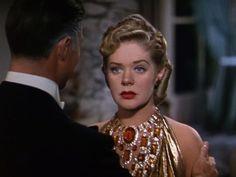 """Alice Faye en """"Una noche en Río"""" (1941) con espectacular collar diseñado por Joan Joseff (Joseff of Hollywood)"""