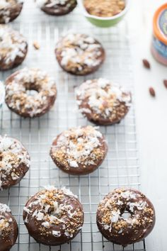 Almond Joy donuts have lots of chocolate, sweet coconut and crunchy almonds!