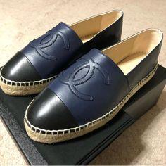 Chanel Navy Flats Chaussure, Espadrilles Marine, Appartements Marine, Cuir  D agneau b6cca9e66cc