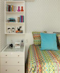 Projeto ANNA PARISI Arquitetura+Design #quarto #bedroom #bed #decor #decoração #interiores #decoraçãodeinteriores #designdeinteriores #teen #decorhome #decorstyle #style  #apartamento #interiordesign #details #cabeceira #cama #headbord