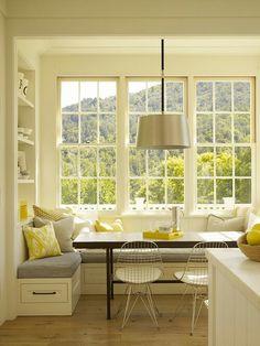 Bench window table