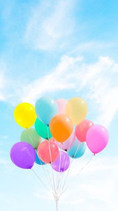colorful balloons in sky Summer Wallpaper, Colorful Wallpaper, Cool Wallpaper, Mobile Wallpaper, Wallpaper Backgrounds, Disney Phone Backgrounds, Rainbow Aesthetic, Blue Aesthetic, Cellphone Wallpaper