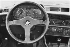 E24 BMW M635csi dashboard