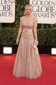 Kaley Cuoco on the Golden Globes Red Carpet 2013