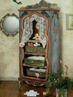 Use a mirror or photo frame for the opening? Wonderful Fairy Tale Closet