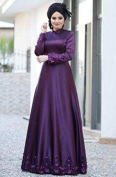"""Ulviye Portakal Lady Abiye 5478 Mor Sitemize """"Ulviye Portakal Lady Abiye 5478 Mor"""" tesettür elbise eklenmiştir. https://www.yenitesetturmodelleri.com/yeni-tesettur-modelleri-ulviye-portakal-lady-abiye-5478-mor/"""
