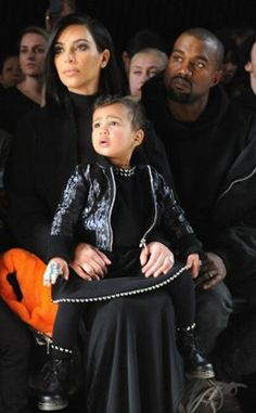 Kim Kardashian comemora aniversário de North West na Disney | E! Online Brasil