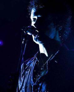 Gustavo Cerati (27/11/2007) Panamá #gustavocerati #cerati #ceratieterno #ceratiinfinito #sodastereo #rock #music #argentina #rockmusic #rockstar #legendary #legend #leyenda #rip #maestro #graciastotales #tour #meverasvolver #panama #2007 Soda Stereo, Argentina Travel, Perfect Love, Rock Music, Rock And Roll, Panama, Concert, Instagram Posts, Travelling