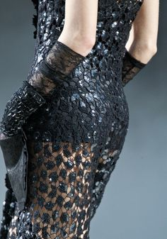 chanel fall rtw 2011 details.  ht