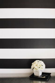 Graphic stripes on walls