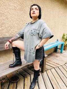 Shirt Dress, T Shirt, Giveaway, My Photos, That Look, Skirts, Sweaters, Leather, How To Wear