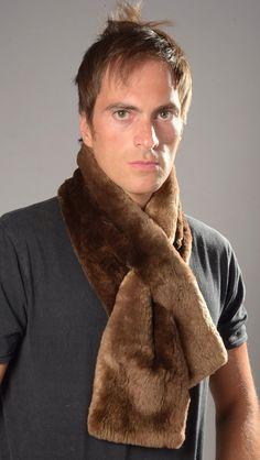 Affascinante sciarpa in pelliccia per uomo in autentico castoro Canadese  bruno c985bcd78bb5