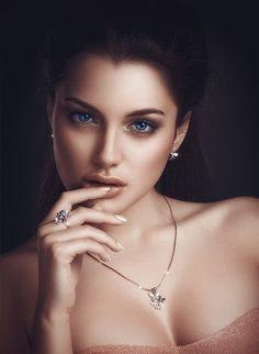 Where Professional Models Meet Model Photographers - ModelMayhem Most Beautiful Faces, Beautiful Eyes, Gorgeous Women, Girl Face, Woman Face, Photography Women, Portrait Photography, White Photography, Fashion Photography