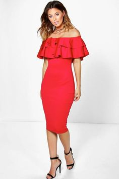 Masters Graduation Pictures Discover Off The Shoulder Layered Frill Detail Midi Dress Tux Dress, Red Midi Dress, Dress Up, Ruffle Dress, Elegant Outfit, Elegant Dresses, Bodycon Fashion, Fashion Dresses, Short Dresses