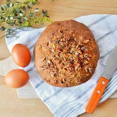 Slíbený recept na lněný chlebík už je na blogu :) O tomhle chlebu tvrdím, že čerstvý chutná stejně jako z klasické mouky. Ale ten už jsem… Keto Bread, Paleo, Food And Drink, Low Carb, Yummy Food, Homemade, Meals, Vegetables, Fruit