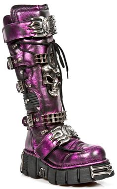 """Amazing New Rock leather boots! These gorgeous metallic purple boots are not to be missed! Measuring 17"""" in total length with a reactor sole platform of 2.5"""" these boots have all of the classic New Rock features"""