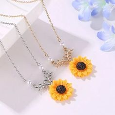 Sunflower Pendant Necklace – Keep It Current Silver Necklaces, Handmade Necklaces, Silver Jewelry, Gold Jewellery, Silver Ring, Gothic Jewelry, Silver Earrings, Jewelry Necklaces, Glass Jewelry