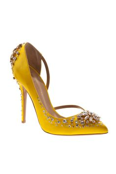 Blingy Vionnet #shoeoftheday in my favorite color, yellow in honor of the #Oscars!